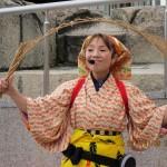 演目は玉すだれ、獅子舞、太神楽、独楽曲芸などの伝統和芸