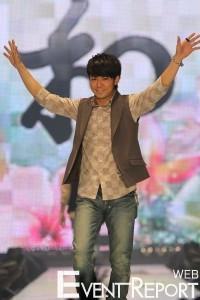 第12回 東京ガールズコレクション 2011 SPRING/SUMMER会場レポート