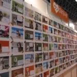 「ホリプロアイドルドッグ.jp」のコーナーには、これまでの撮影会で撮った、延べ530頭、440を超えるワンメッセージを展示
