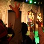 アイドルの熱唱にファンはスタンディングで声援。写真はMarry Doll(『LIVE IDOL IN TOKYO TOWER!!!』)