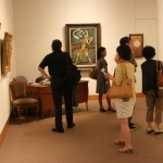 規模が大きな画廊はまるで美術館