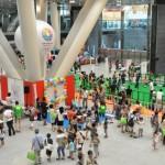 「わくわくブース」や「どきどきスクエア」、「パワーオブスポーツ」が行われた展示ホールの様子