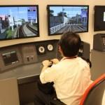 最新の自動列車制御装置やモニターを使って運転士気分が味わえる小型運転体験シミュレータ