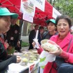 準優勝校の沖縄県立中部農林高等学校は「ムルうるまジャージャー麺」(600円)を販売