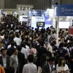 Web&モバイルマーケティングEXPO春の出展ブースの一景。Japan IT Week全体をじっくり見ようとすれば、とても1日では終わらない。それほどの大規模イベントだ