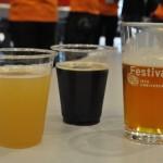 左から、ホワイトエール、スイートスタウト、IPA。飲み比べて味や香りの違いを堪能できる