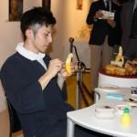 バナナアート実演。バナナ彫刻家 山田恵輔氏のパフォーマンス