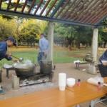 「かまどベンチ」では豚汁を提供。唐辛子のサービスも