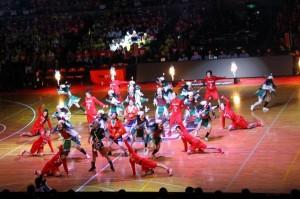 試合開始前の「VICTORY DANCE」