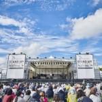 横浜赤レンガ倉庫特設会場でイベントを開催