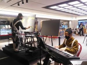 イベントのフィナーレとなった東京駅での「OVER ALLsライブペインティング」